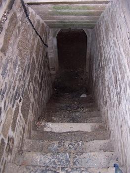 Krypt stairs.jpg