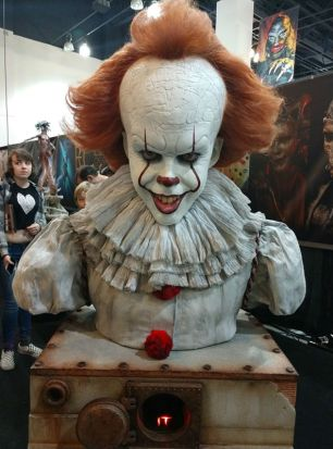Pennywise bust